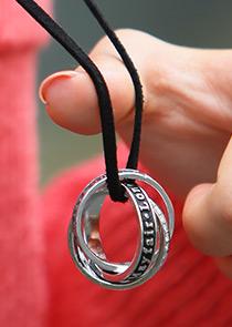 "464632 - <br> <font color=""878787""><font face=""굴림"">Leather ring -necklace</font></font>"