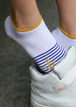 "473509 - <br> <font color=""878787""><font face=""굴림"">Marine striped -socks</font></font>"