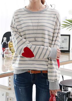 483671 - River Heart Man to man T-shirt