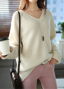 """485546 - <font color=""""878787""""><font face=""""굴림"""">Romantic V -knit</font></font>"""