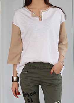 "485907 - <font color=""878787""><font face=""굴림"">Basic T-Shirt Button Button nageurang</font></font>"