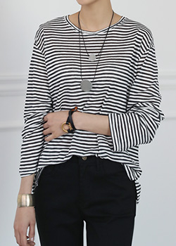 "486091 - <font color=""878787""><font face=""굴림"">The gate striped T-shirt</font></font>"