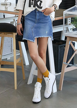 "486299 - <font color=""878787""><font face=""굴림"">Geolrisi cut denim skirt</font></font>"