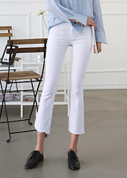 "486403 - <font color=""878787""><font face=""굴림"">Bro seasons semi-boot-cut pants</font></font>"