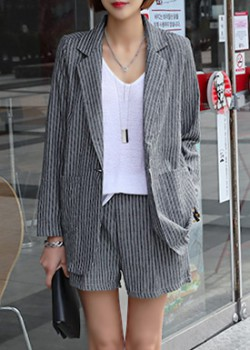 "486552 - <font color=""878787""><font face=""굴림"">Bettler Stripe Jacket</font></font>"