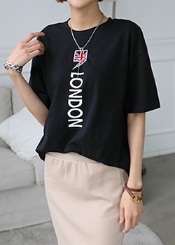 "486670 - <font color=""878787""><font face=""굴림"">Comma London printing T-shirts</font></font>"