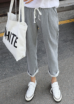 "486767 - <font color=""878787""><font face=""굴림"">Momo striped bending pants</font></font>"