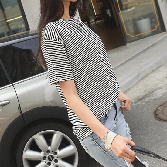 "487014 - <font color=""878787""><font face=""굴림"">Lin Timo striped T-shirt</font></font>"