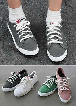 "487015 - <font color=""878787""><font face=""굴림"">Color Gauge Sneakers</font></font>"
