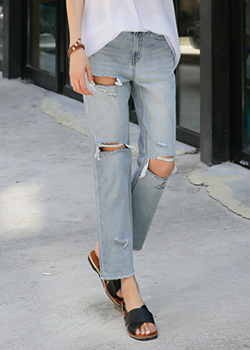 "487503 - <font color=""878787""><font face=""굴림"">Just non-straight denim pants</font></font>"