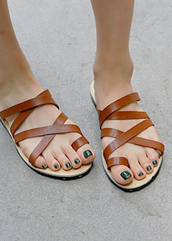 "487504 - <font color=""878787""><font face=""굴림"">Enish Slippers</font></font>"