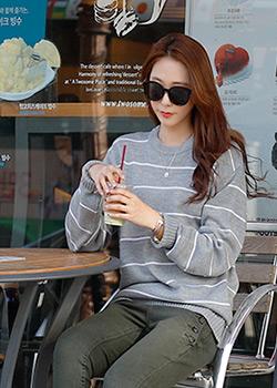 488703 - Rommie bin stripe knit