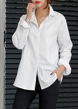 488897 - Striped shirt
