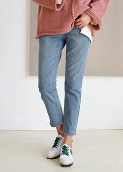 489002 - Clever Straight Denim Pants